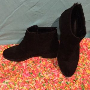 Rogue Suede Ankle Boots